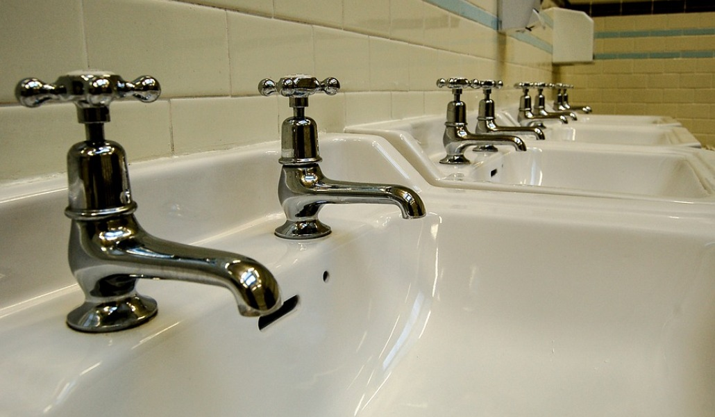 water-tap-1269763_960_720