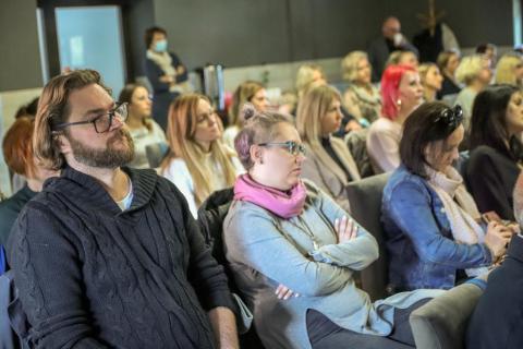 konferencja-7-of-24