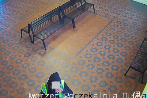 dworzec-piwko-rowerzysta-3