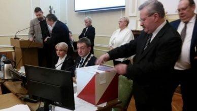 Zmiany w Radzie. Wiceprzewodniczący odwołany