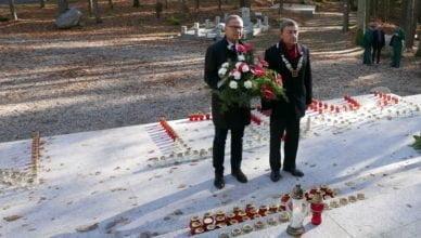 Władze miasta odwiedziły groby