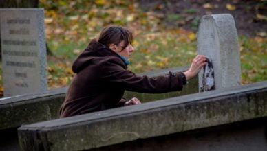 """Wysprzątali """"stary"""" cmentarz przy ul. Owidzkiej"""