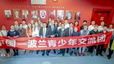 Młodzież z Chin poznaje polską kulturę