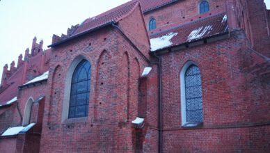 Renowacja i konserwacja witraży w kościele św. Mateusza. Miasto zrefunduje część kosztów