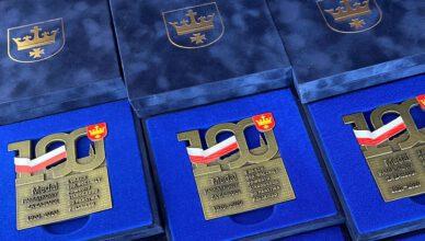 Kolejne medale 100-lecia powrotu Starogardu do Państwa Polskiego wręczone