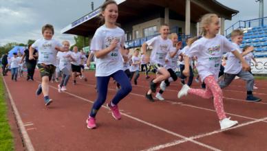Dziecięca radość i sportowa rywalizacja
