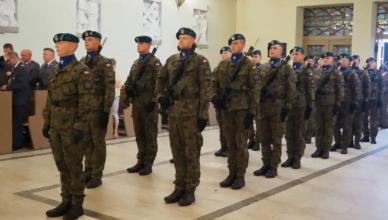 W dowód uznania dla żołnierskich zasług